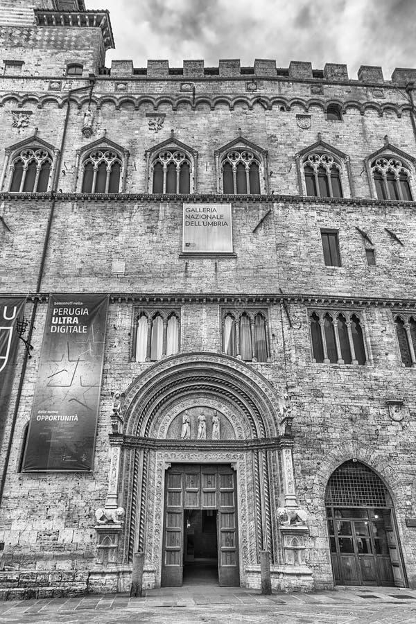 Фасад галереи Умбрии национальной, Перудж, Италия стоковые фотографии rf