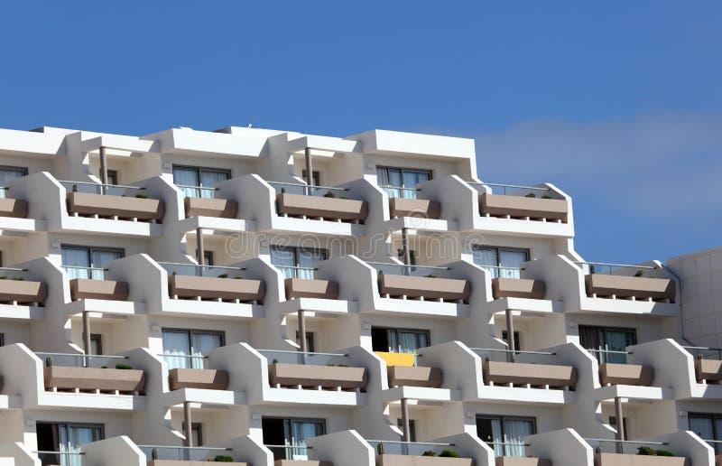 фасад здания самомоднейший стоковое изображение rf