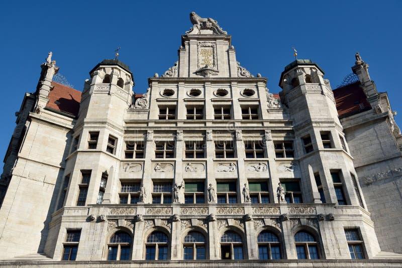 Фасад нового здания Neues Rathaus ратуши в Лейпциге стоковые фото