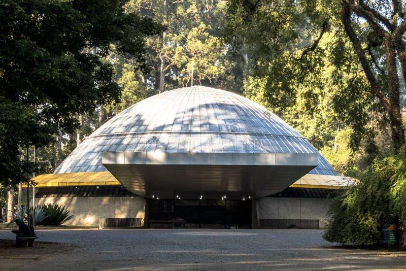 Фасад планетария стоковое изображение rf