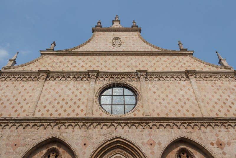 Фасад здания в историческом центре Виченца стоковые изображения rf