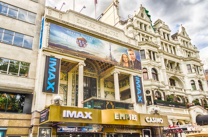 Фасад кино империи в Лондоне, Великобритании стоковые фото