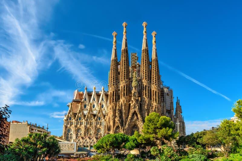 Фасад рождества собора Sagrada Familia в Барселоне стоковые изображения rf
