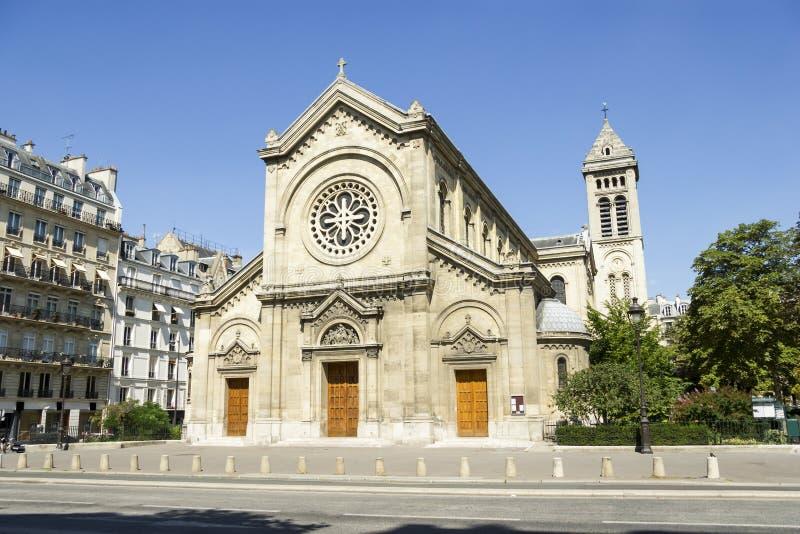 Фасад собора в Париже, Франции стоковые фотографии rf