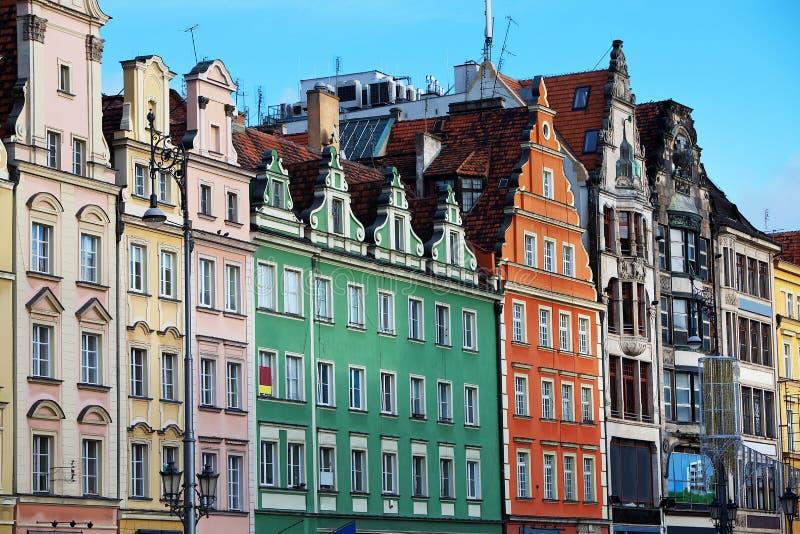 Фасады старых домов в Wroclaw, Польше стоковые фото