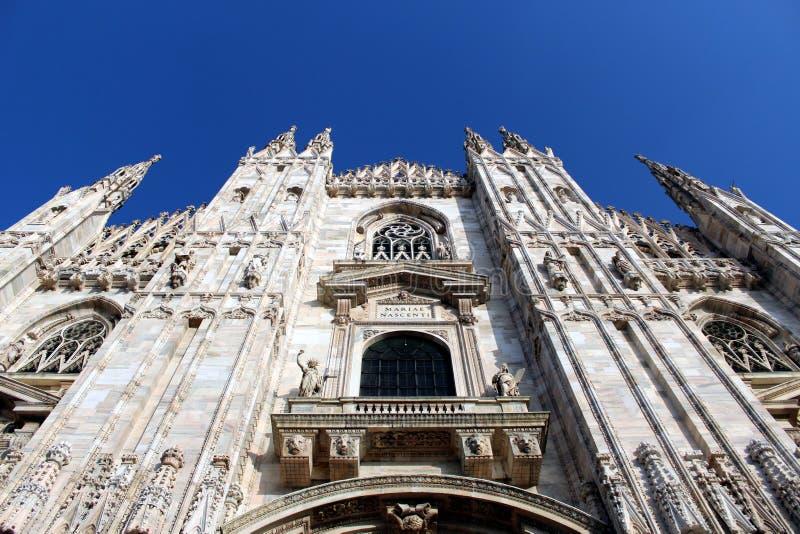 Фасад Duomo собора Милана стоковое изображение