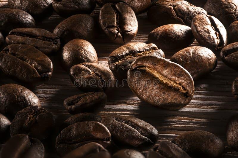 фасоли закрывают кофе вверх стоковые фотографии rf