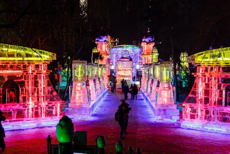 Февраль 2013 - Харбин, Китай - фестиваль фонарика льда стоковое изображение rf
