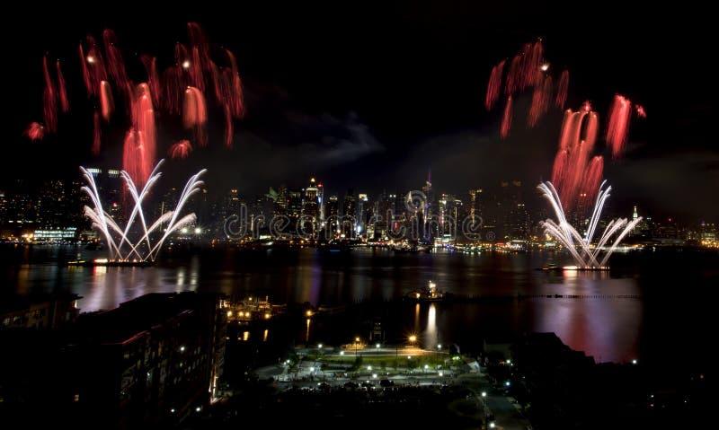 феиэрверки New York города стоковые изображения rf