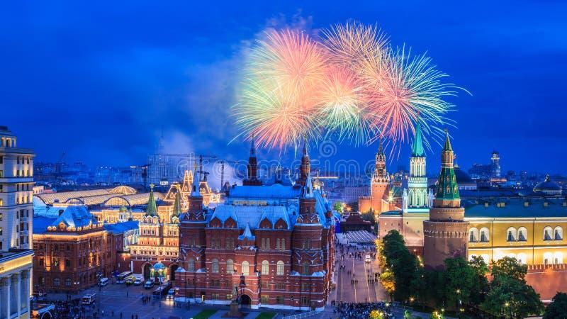 феиэрверк kremlin moscow ближайше стоковые фотографии rf