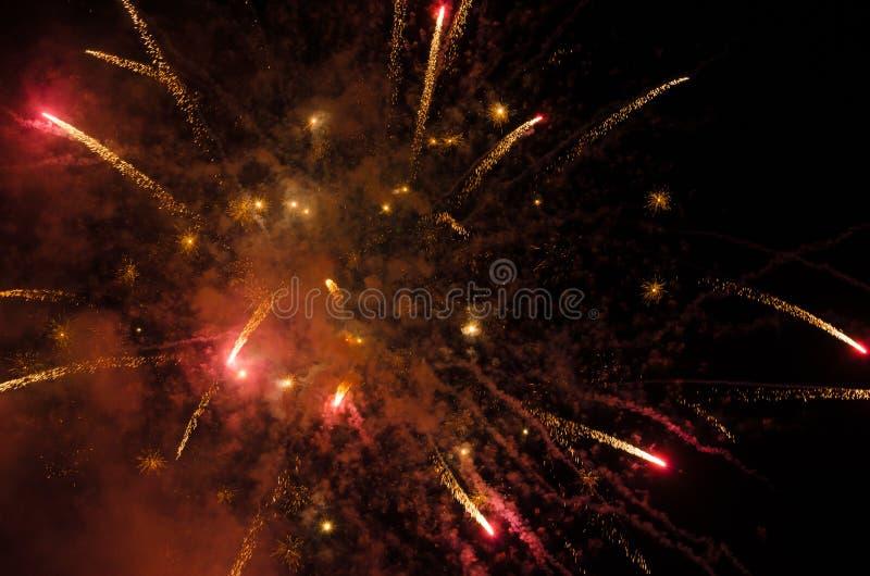 Фейерверки в небе на ноче стоковое изображение rf