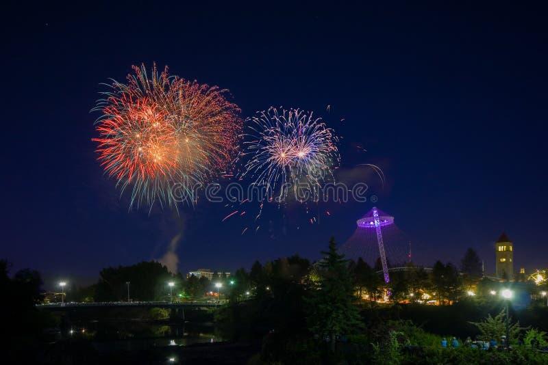 Фейерверки в Spokane Вашингтоне стоковое фото