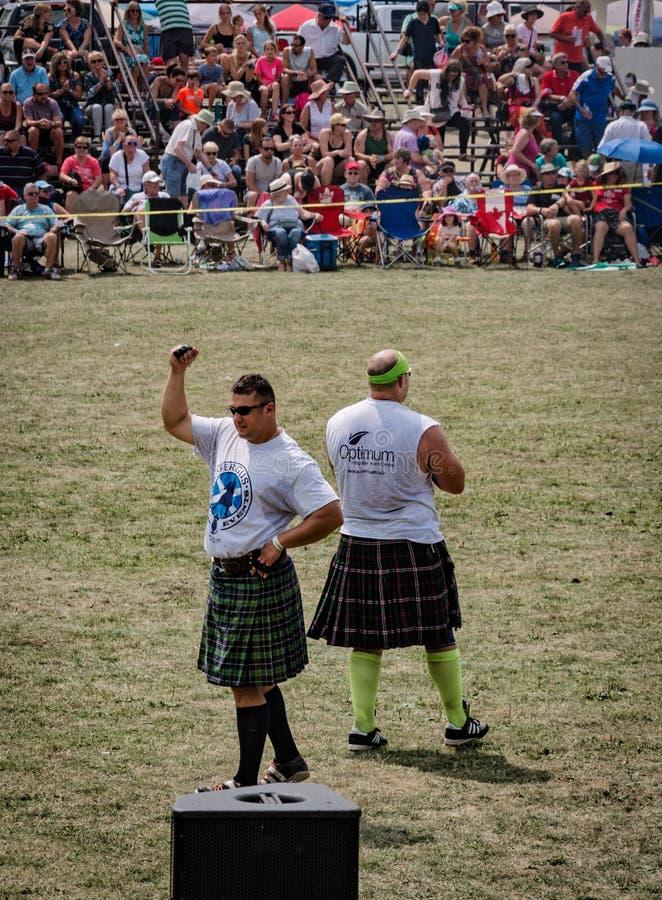Фергус, Онтарио, Канада - 08 11 2018 года: Традиционные шотландские спортсме стоковое фото