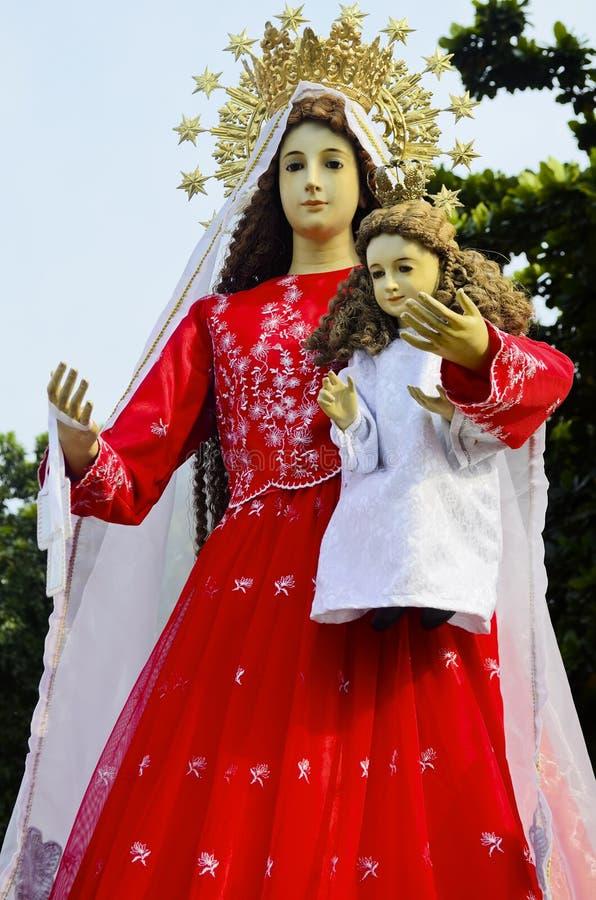 Ферзь Mary и ребенок Иисус стоковое фото rf