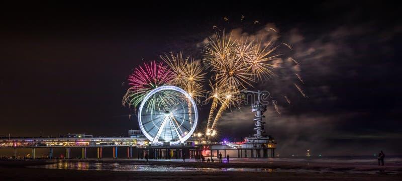 Фестиваль Scheveningen фейерверков стоковое изображение rf