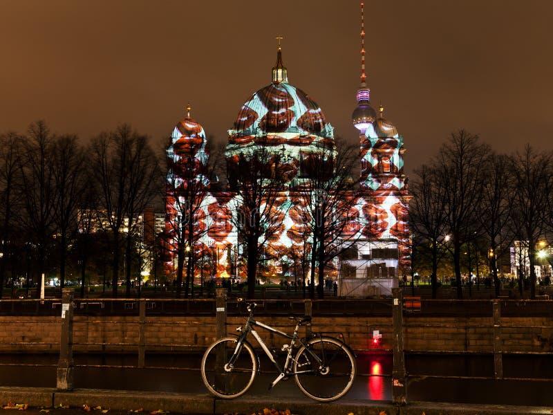 Фестиваль огней anf Dom берлинца в Берлине стоковые фото