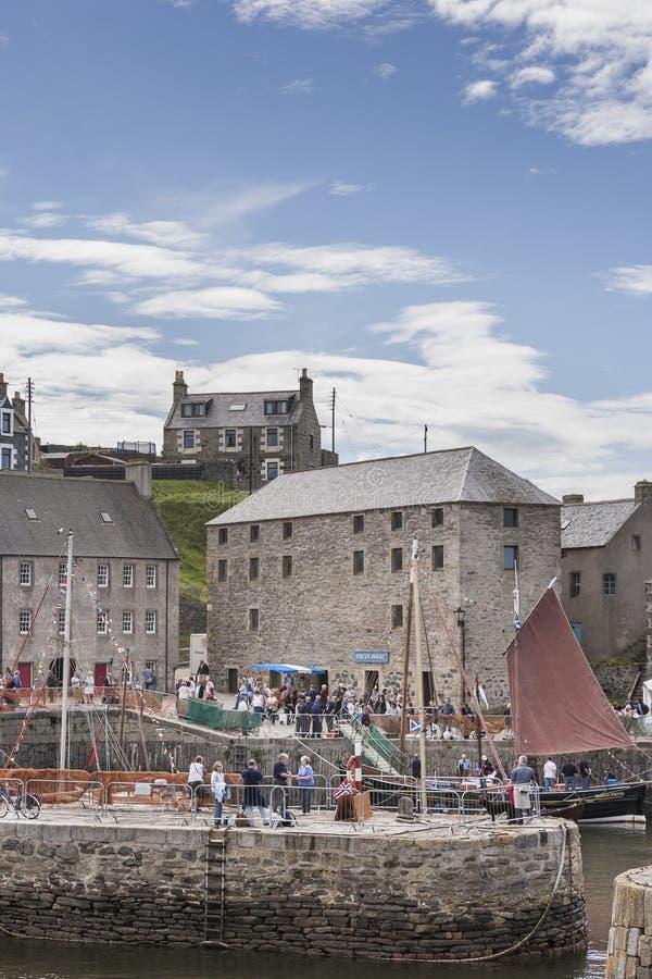 Фестиваль шлюпки Portsoy в Шотландии стоковые фотографии rf