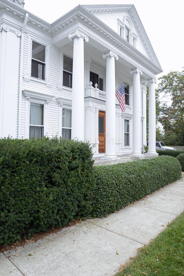Федеральный дом стиля в Коннектикуте стоковое фото rf