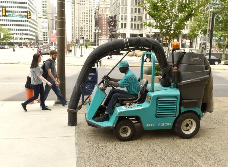 Филадельфия, США - 29-ое мая 2018: Машина пылесоса улицы стоковые изображения rf