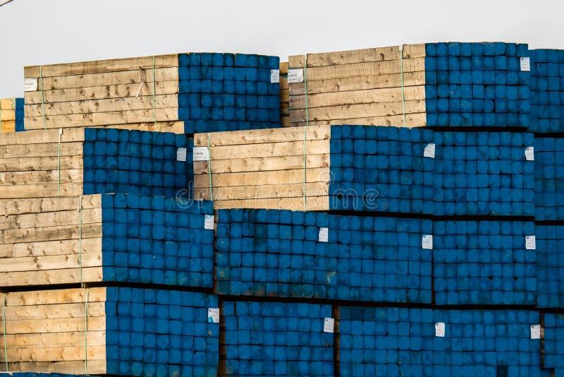 Филируйте производить lomber для конструкции и пакетов оно для convinient shpment стоковая фотография rf
