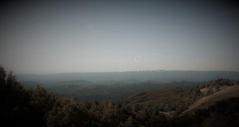 Фильтрованный взгляд Umunhum держателя стоковая фотография