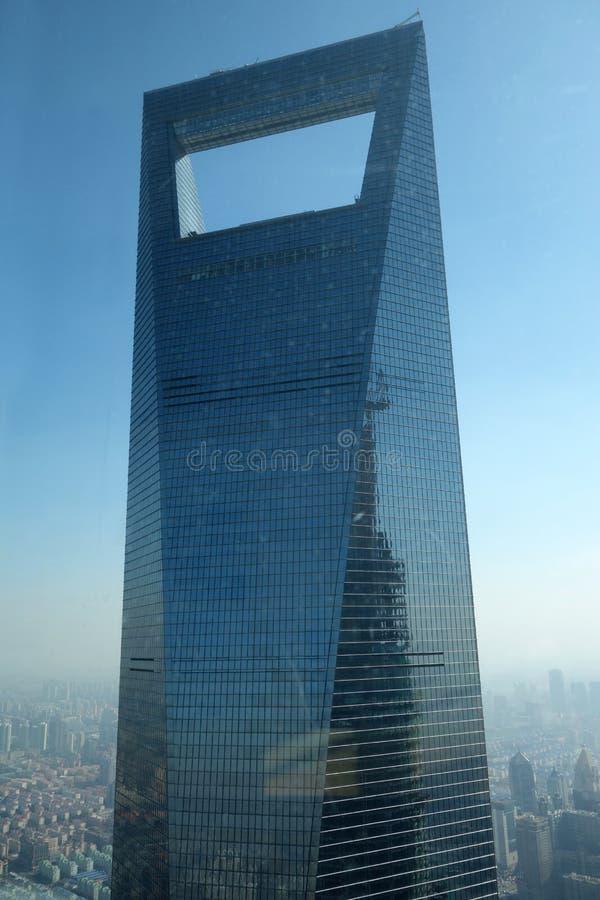Финансовый центр мира Шанхая стоковое фото rf