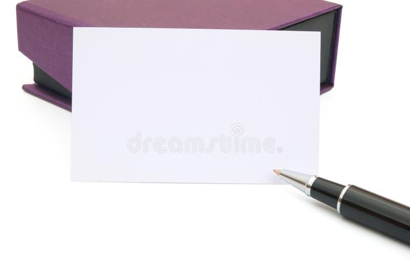 Фиолетовая коробка подарка и карточка стоковая фотография rf