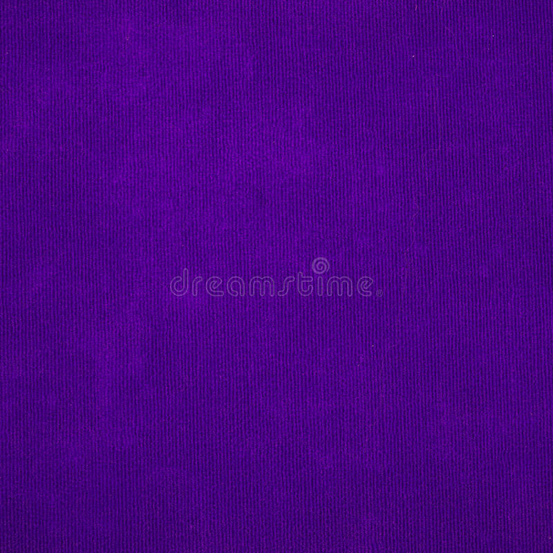 Фиолетовая текстура предпосылки ковра стоковая фотография