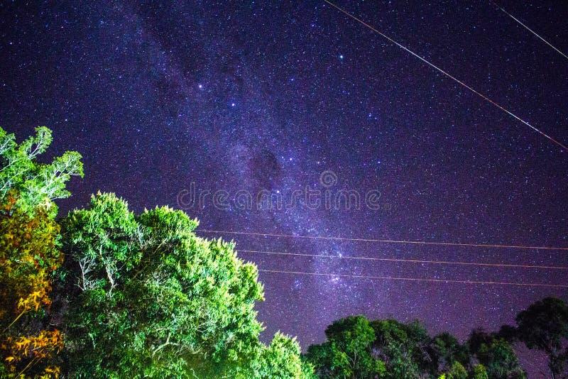 Фиолетовое межзвёздное облако стоковые фотографии rf