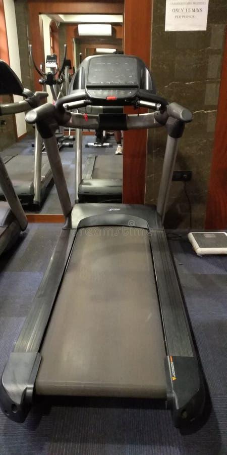 Фитнес скорости в спортзале стоковое фото rf