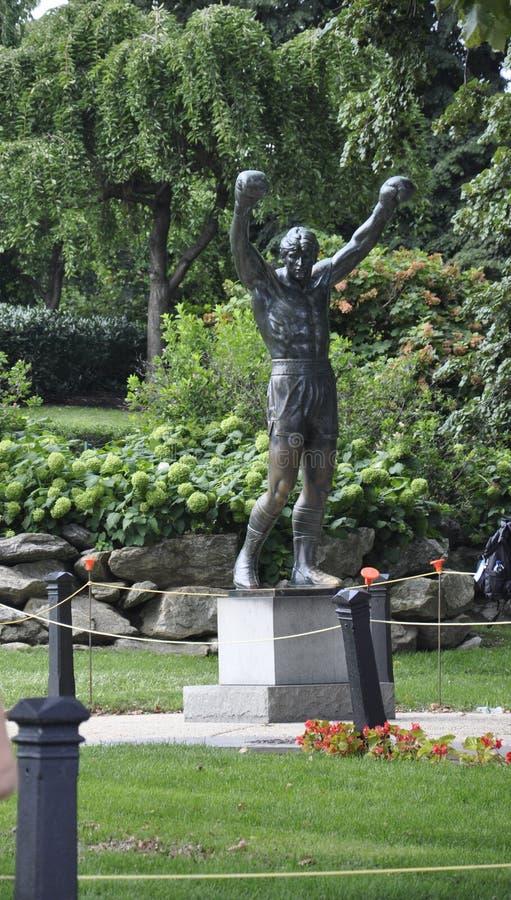 Download Филадельфия, 4-ое августа: Скалистая статуя от Филадельфии в Пенсильвании Иллюстрация штока - иллюстрации насчитывающей художничества, путешествие: 81812076