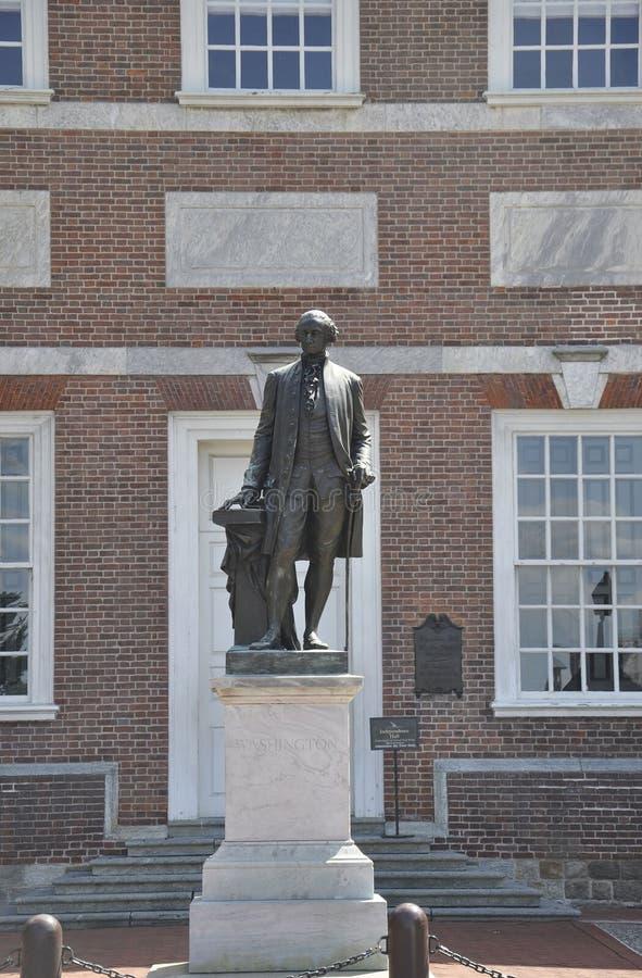 Download Филадельфия, 4-ое августа: Фронт статуи Вашингтона независимости Hall от Филадельфии в Пенсильвании Стоковое Изображение - изображение насчитывающей объявление, attractor: 81811985