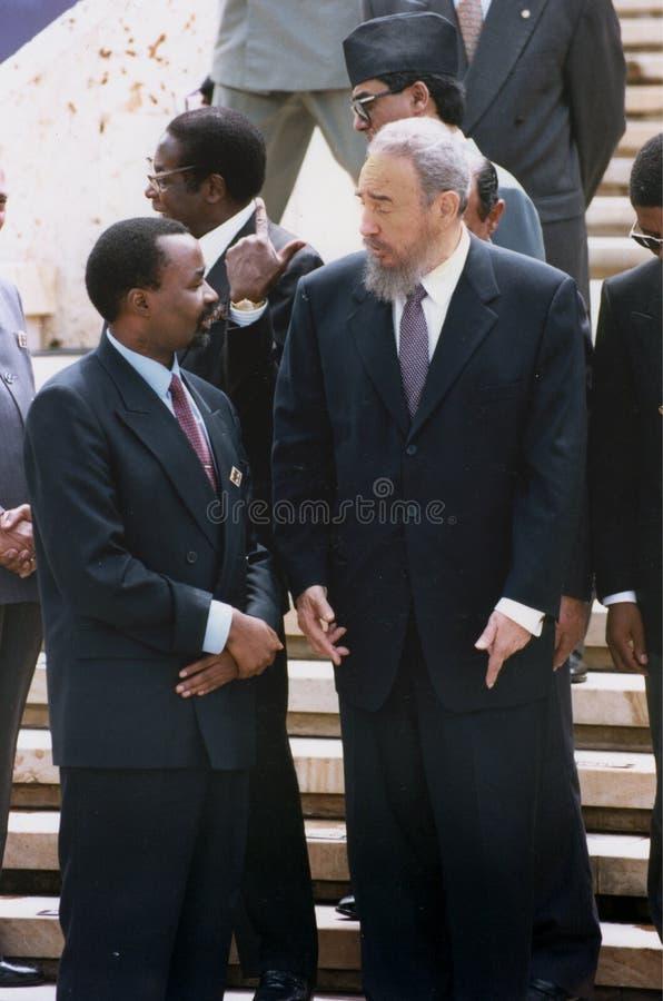 Фидель Кастро разговаривает с Thabo Umbeki стоковое изображение rf
