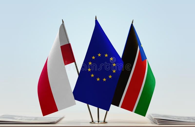 Флаги Польши EC и южного Судана стоковая фотография rf