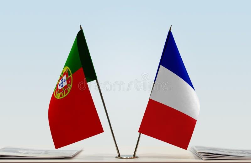 Флаги Португалии и Франции стоковые изображения rf