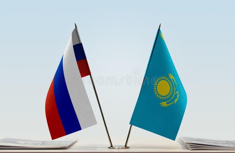 Флаги России и Казахстана стоковое фото rf