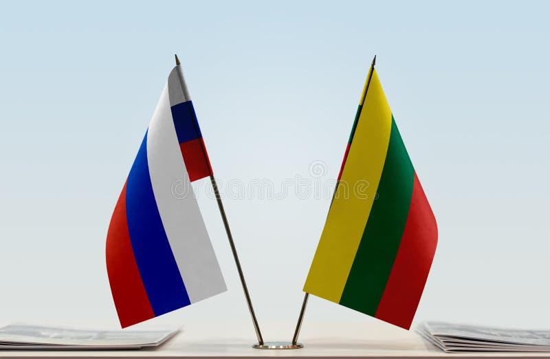 Флаги России и Литвы стоковое изображение rf