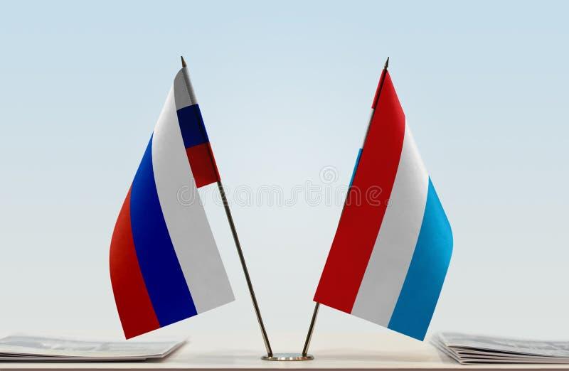 Флаги России и Люксембурга стоковые изображения rf