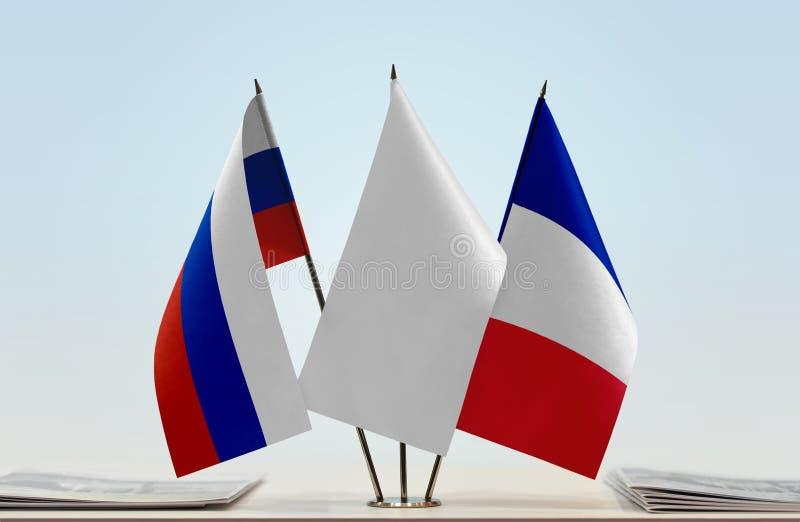 Флаги России и Франции стоковое фото