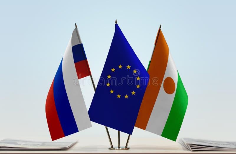 Флаги России EC и Нигера стоковое фото