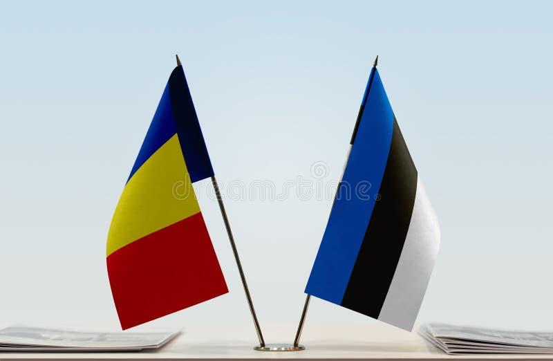 Флаги Румынии и Эстонии стоковая фотография