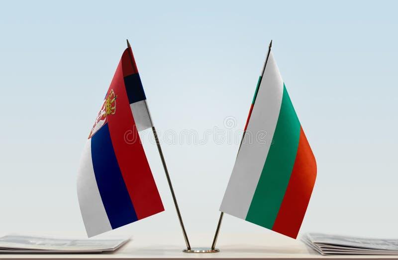 Флаги Сербии и Болгарии стоковые изображения rf