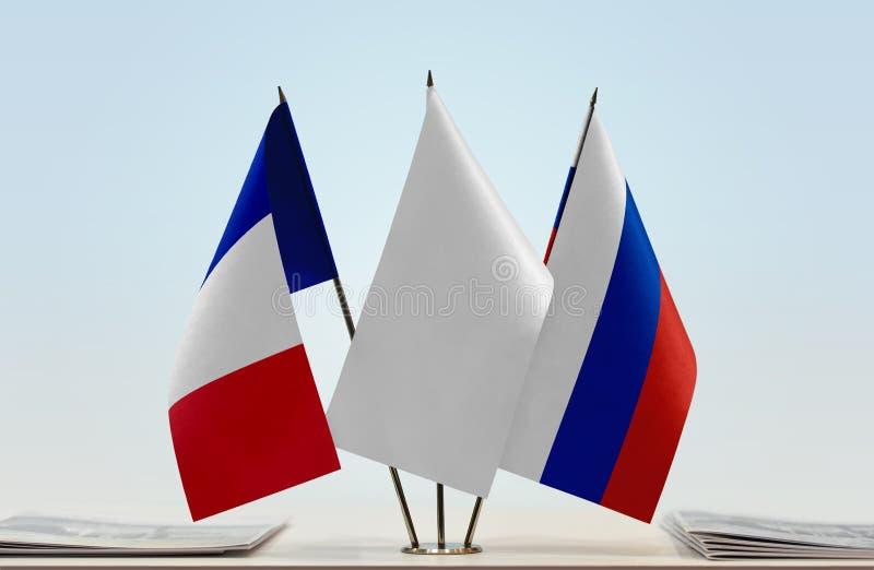 Флаги Франции и России стоковое изображение