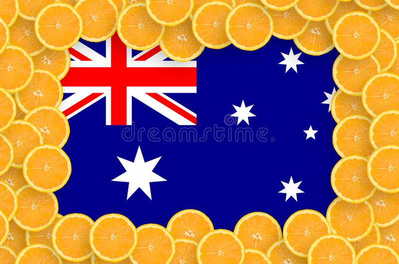 Флаг Австралии в свежей рамке кусков цитрусовых фруктов иллюстрация штока
