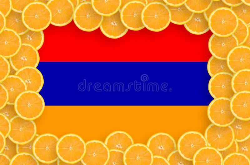 Флаг Армении в свежей рамке кусков цитрусовых фруктов иллюстрация вектора