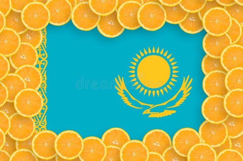 Флаг Казахстана в свежей рамке кусков цитрусовых фруктов иллюстрация штока