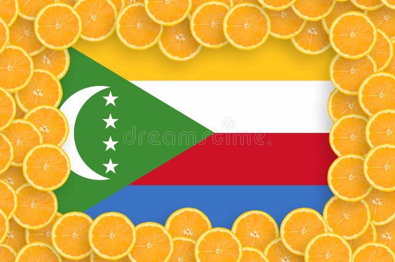 Флаг Коморских Островов в свежей рамке кусков цитрусовых фруктов иллюстрация вектора