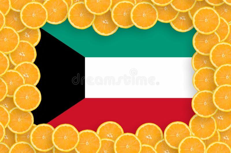 Флаг Кувейта в свежей рамке кусков цитрусовых фруктов иллюстрация вектора