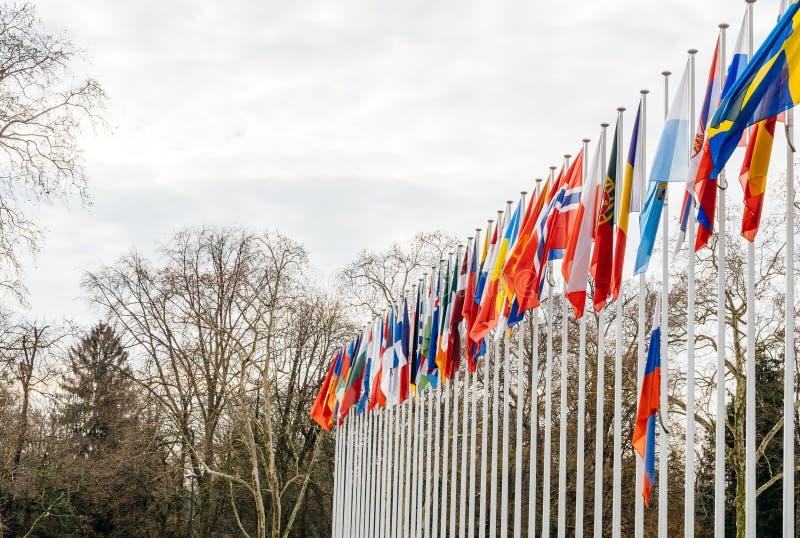 Флаг полу-рангоута летания России на Совете Европы в Strasbou стоковые изображения