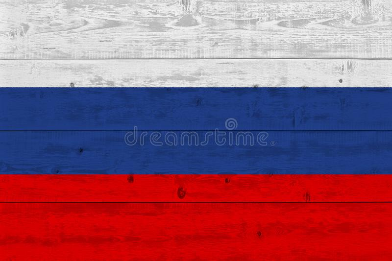 Флаг России покрашенный на старой деревянной планке стоковые изображения rf